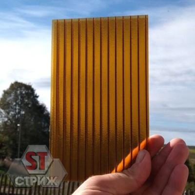 Сотовый поликарбонат премиум ROYALPLAST 8 мм Колотый Лед Янтарь